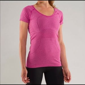 Lululemon Run Swiftly V-neck T-shirt